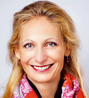 Dr. Annabella Bassler