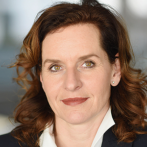 Iris Schmitz-Kleinhenz
