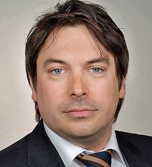 Dr. Till Fischer