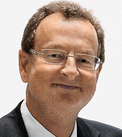 Dr. Ernst Smolka
